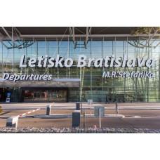 Odvoz z Nitry na letisko Bratislava